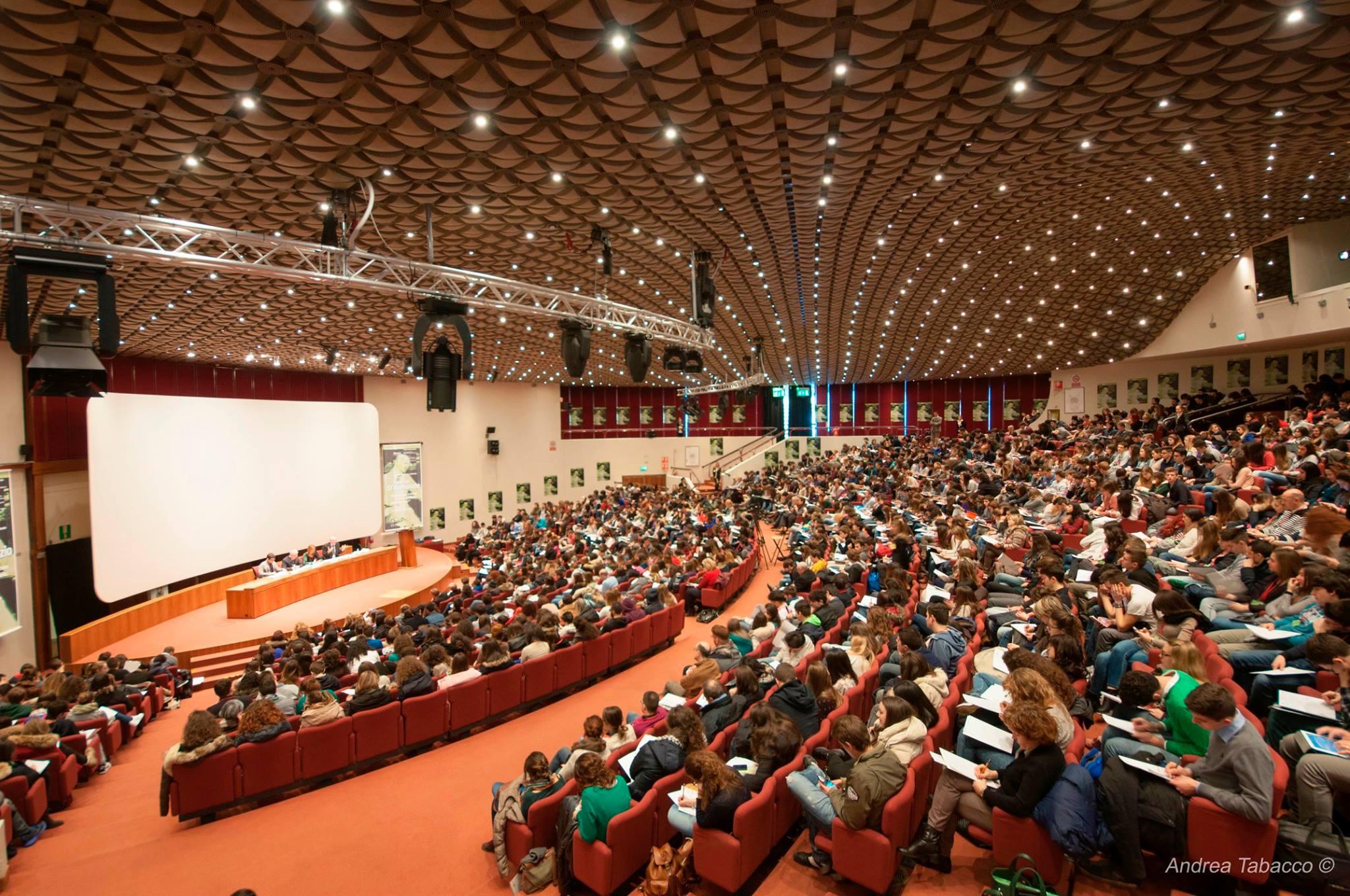 конгрес Болония